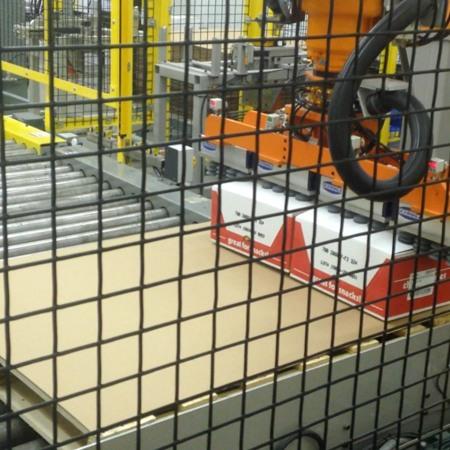 Robotic Palletizing Equipment by HART Design & Manufacturing